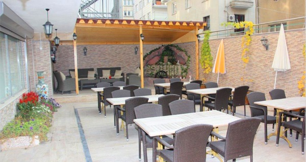 Çankaya Çimse Otel'de 2 kişilik konaklama ve açık büfe kahvaltı 179 TL! Fırsatın geçerlilik tarihi için DETAYLAR bölümünü inceleyiniz.