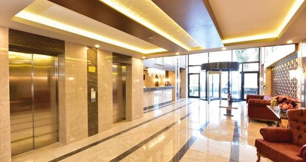 Beylikdüzü Vespia Hotel'de muhteşem lezzetlerle dolu iftar menüleri 69 TL'den başlayan fiyatlarla! Bu fırsat 6 Mayıs - 3 Haziran 2019 tarihleri arasında, iftar saatinde geçerlidir.