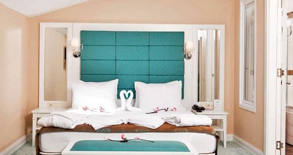 Kumburgaz Mercia Hotel'de kahvaltı dahil çift kişilik 1 gece konaklama 269 TL'den başlayan fiyatlarla! Fırsatın geçerlilik tarihi için DETAYLAR bölümünü inceleyiniz.