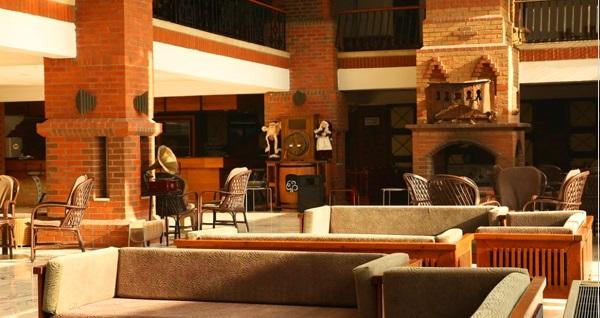 Pamukkale Vista Wellness Spa Hotel'de 1 gecelik konaklama seçenekleri kişi başı 99 TL'den başlayan fiyatlarla! Fırsatın geçerlilik tarihi için DETAYLAR bölümünü inceleyiniz.