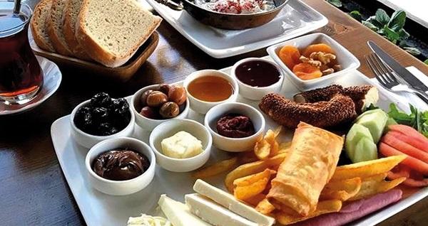 Ağva Aria Butik Otel'de kahvaltı dahil çift kişi 1 gece konaklama seçenekleri 210 TL'den başlayan fiyatlarla! Fırsatın geçerlilik tarihi için, DETAYLAR bölümünü inceleyiniz.