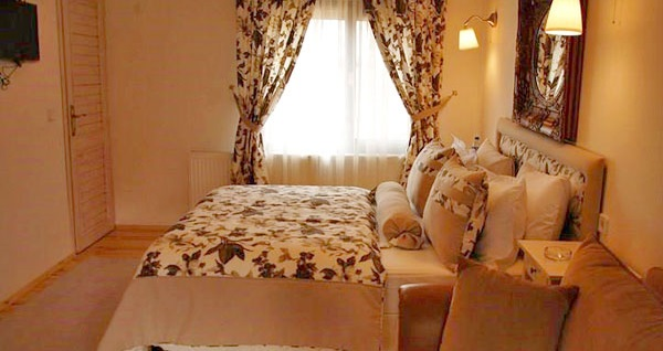 Ağva'da büyülü bir gecenin adresi Tree Tops Park Hotel'de serpme köy kahvaltısı dahil çift kişilik 1 gece konaklama keyfi 299 TL'den başlayan fiyatlarla! Fırsatın geçerlilik tarihi için DETAYLAR bölümünü inceleyiniz.