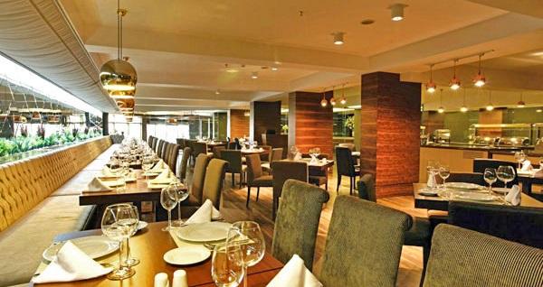 Osmangazi Tiara Hotel & Spa'da çift kişilik 1 gece konaklama seçenekleri 139 TL'den başlayan fiyatlarla! Fırsatın geçerlilik tarihi için DETAYLAR bölümünü inceleyiniz.