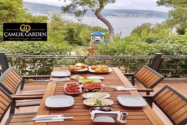 Çamlık Garden Sarıyer'de Boğaz manzarası eşliğinde serpme kahvaltı kişi başı 27,50 TL'den başlayan fiyatlarla! Fırsatın geçerlilik tarihi için DETAYLAR bölümünü inceleyiniz.