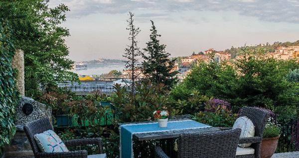 Ortaköy Symbola Bosphorus İstanbul'da farklı oda tiplerinde kahvaltı dahil çift kişilik 1 gece konaklama 149 TL'den başlayan fiyatlarla! Fırsatın geçerlilik tarihi için DETAYLAR bölümünü inceleyiniz.