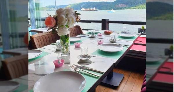 Göze Sarıyer'de Boğaz manzarası eşliğinde çift kişilik serpme kahvaltı keyfi 79,90 TL! Fırsatın geçerlilik tarihi için DETAYLAR bölümünü inceleyiniz.