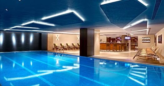 Divan İstanbul Asia'da tek veya çift kişilik 1 gece konaklama ve havuz keyfi 179 TL'den başlayan fiyatlarla! Fırsatın geçerlilik tarihi için DETAYLAR bölümünü inceleyiniz.