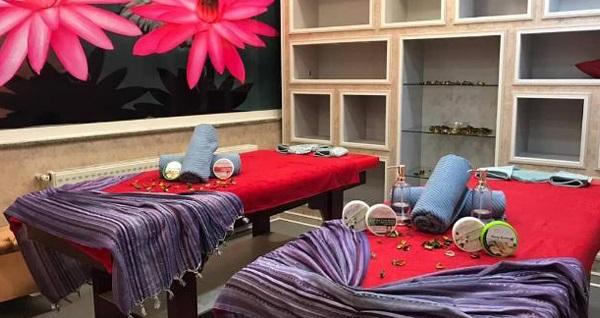Kavacık Fin Spa'da seçeceğiniz 45 dakikalık masaj veya kese-köpük uygulaması, yüz maskesi, ıslak alan kullanımı ve içecek ikramı 59 TL'den başlayan fiyatlarla! Fırsatın geçerlilik tarihi için DETAYLAR bölümünü inceleyiniz.