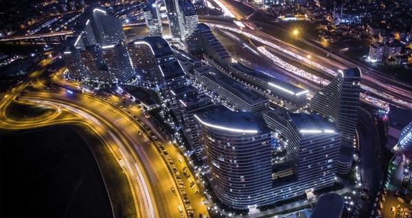 Four Points by Sheraton İstanbul Batışehir'de çift kişilik 1 gece konaklama seçenekleri 199 TL'den başlayan fiyatlarla! Fırsatın geçerlilik tarihi için DETAYLAR bölümünü inceleyiniz.