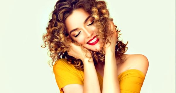 Yusuf Tatar HairDesign'da saçlarınız için güzellik uygulamaları 80 TL'den başlayan fiyatlarla! Fırsatın geçerlilik tarihi için DETAYLAR bölümünü inceleyiniz.
