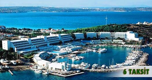 Çeşme Altın Yunus Resort&Thermal Hotel'de çift kişilik 1 gece YARIM PANSİYON konaklama keyfi 277 TL'den başlayan fiyatlarla! 19, 20, 21 Mayıs HARİÇ; 1-31 Mayıs 2016 tarihleri arasında geçerlidir.