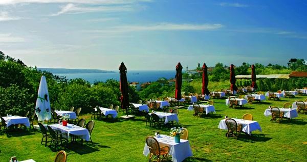 Anadolu Feneri Taşlıhan Restaurant'ta Boğaz'a karşı enfes yemek menüsü 69,90 TL! Fırsatın geçerlilik tarihi için DETAYLAR bölümünü inceleyiniz.