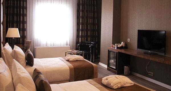 Manesol Tüyap Hotel'de çift kişilik 1 gece konaklama seçenekleri 149 TL'den başlayan fiyatlarla! Fırsatın geçerlilik tarihi için, DETAYLAR bölümünü inceleyiniz.