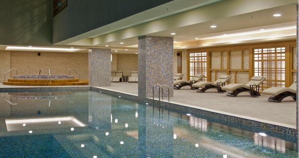 Hafta sonuna özel Radisson Blu Hotel&Spa İstanbul Tuzla'da açık havuz ve Elysia Spa ıslak alan kullanımı dahil çift kişilik 1 gece konaklama seçenekleri 449 TL'den başlayan fiyatlarla! Fırsatın geçerlilik tarihi için DETAYLAR bölümünü inceleyiniz.