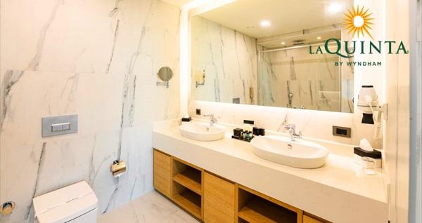 La Quinta by Wyndham Istanbul Güneşli Hotel'de  Sevgililer Günü'nde de geçerli çift kişi 1 gece konaklama seçenekleri ve spa kullanımı Fırsatın geçerlilik tarihi için DETAYLAR bölümünü inceleyiniz.