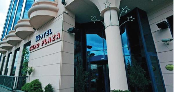 Euro Plaza Hotel'de çift kişilik konaklama seçenekleri 219 TL'den başlayan fiyatlarla! Fırsatın geçerlilik tarihi için DETAYLAR bölümünü inceleyiniz.
