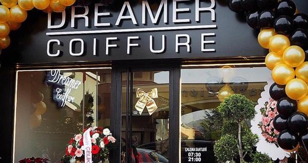 Dreamer Coiffure'in profesyonel ekibi eşliğinde saç bakım uygulamaları 79 TL'den başlayan fiyatlarla! Fırsatın geçerlilik tarihi için DETAYLAR bölümünü inceleyiniz.