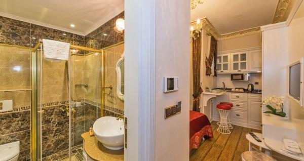 İstanbul'un kalbi Taksim IQ Houses Apartment'te 1 gece konaklama farklı kişi seçenekleriyle 159 TL'den başlayan fiyatlarla! Fırsatın geçerlilik tarihi için DETAYLAR bölümünü inceleyiniz.