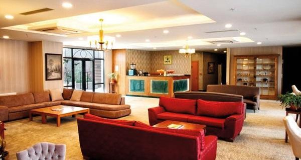 Beylikdüzü Sarissa Hotel'de açık büfe kahvaltı dahil çift kişilik 1 gece konaklama ve günlük SPA merkezi kullanımı 157 TL'den başlayan fiyatlarla! Fırsatın geçerlilik tarihi için, DETAYLAR bölümünü inceleyiniz.