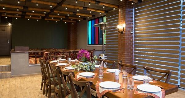 Etovası Restaurant'ta tadına doyamayacağınız zırh kebap ve kuzu şiş menüleri 35 TL'den başlayan fiyatlarla! Fırsatın geçerlilik tarihi için DETAYLAR bölümünü inceleyiniz.