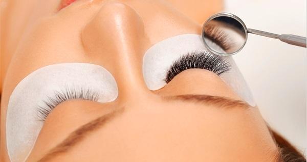 Sultan Çakmak Hair Designer Coiffeur'da güzellik uygulamaları 25 TL'den başlayan fiyatlarla! Fırsatın geçerlilik tarihi için DETAYLAR bölümünü inceleyiniz.