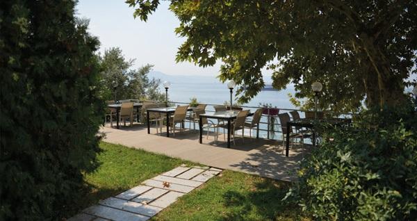 Bursa Hotel Atamer'de kahvaltı dahil çift kişilik 1 gece konaklama 159 TL! Fırsatın geçerlilik tarihi için, DETAYLAR bölümünü inceleyiniz.