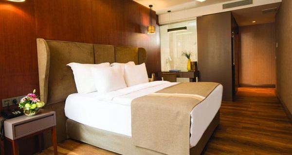 Şişli Blueway Hotel Historical'da kahvaltı dahil çift kişilik 1 gece konaklama 290 TL yerine 169 TL! Fırsatın geçerlilik tarihi için DETAYLAR bölümünü inceleyiniz.
