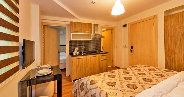 Beyoğlu'nda evinizde hissedeceğiniz adres Invictum Residence'da kahvaltı dahil çift kişilik 1 gece konaklama 159 TL'den başlayan fiyatlarla! Fırsatın geçerlilik tarihi için, DETAYLAR bölümünü inceleyiniz.