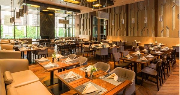 Sheraton Grand İstanbul Ataşehir Hotel'de her akşam canlı fasıl müziği eşliğinde açık büfe iftar menüsü 109 TL! Bu fırsat 6 Mayıs - 3 Haziran 2019 tarihleri arasında, iftar saatinde geçerlidir.