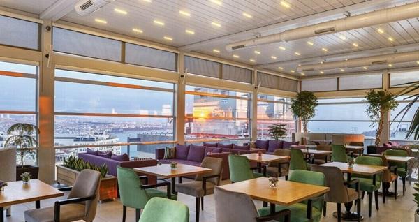 CVK Taksim Hotel Ashiya Restorant'ta tadına doyulmaz hamburger ve pizza menüleri 19,90 TL! Fırsatın geçerlilik tarihi için, DETAYLAR bölümünü inceleyiniz.
