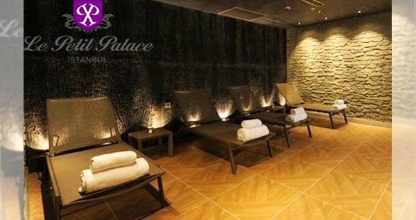 Sirkeci Le Petit Palace'ta 30 dakikalık Klasik Türk masajı 79 TL! Fırsatın geçerlilik tarihi için DETAYLAR bölümünü inceleyiniz.