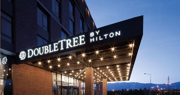 Doubletree By Hilton Kocaeli'nde zengin çeşitli açık büfe kahvaltı menüsü 49,90 TL! Fırsatın geçerlilik tarihi için DETAYLAR bölümünü inceleyiniz.
