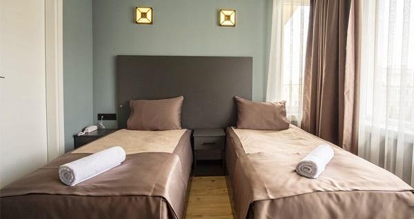 Eskişehir'in güler yüzlü adresi Atos Otel'de çift kişilik 1 gece konaklama seçenekleri 250 TL'den başlayan fiyatlarla! Fırsatın geçerlilik tarihi için DETAYLAR bölümünü inceleyiniz.