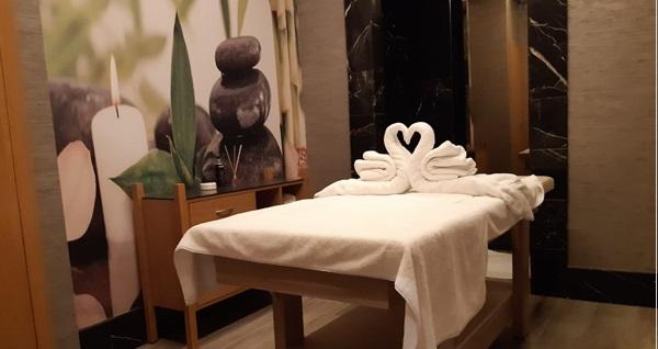 Ramada İstanbul Alibeyköy Fi Club Spa & Wellness'da 50 dakika masaj, ıslak alan kullanımı ve içecek ikramı 119 TL'den başlayan fiyatlarla! Fırsatın geçerlilik tarihi için DETAYLAR bölümünü inceleyiniz.