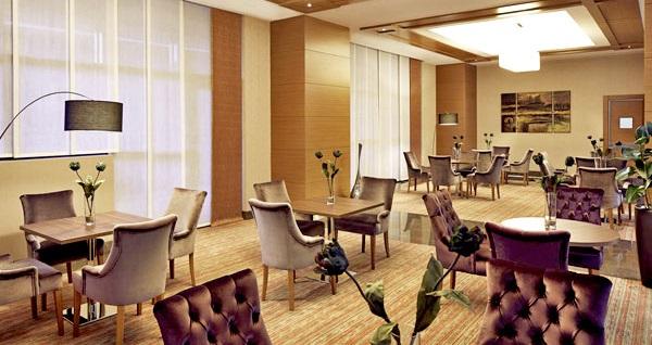 Mercure İstanbul Altunizade Hotel'de çift kişilik 1 gece konaklama 233 TL! Fırsatın geçerlilik tarihi için DETAYLAR bölümünü inceleyiniz.