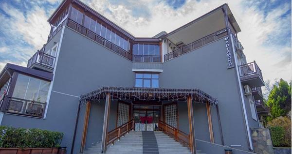 A Diamond Hotel Sapanca'da çift kişilik 1 gece konaklama 249 TL! Fırsatın geçerlilik tarihi için, DETAYLAR bölümünü inceleyiniz.