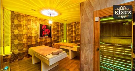 Beyoğlu Grand Öztanık Hotel Risus SPA'da ıslak alan kullanımı dahil masaj keyfi 55 TL'den başlayan fiyatlarla! 28 Şubat 2016 tarihine kadar geçerlidir. Islak alan kullanımına dahil olanlar: Sauna, Türk hamamı, havuz kullanımı İÇECEK İKRAMI BULUNMAKTADIR.