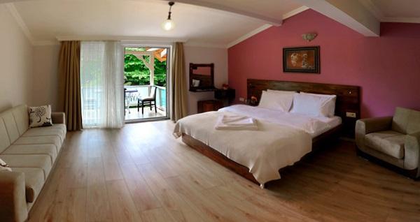Maşukiye Saklı Bahçe Hotel'de çift kişilik 1 gece kahvaltı dahil konaklama 259 TL'den başlayan fiyatlarla! Fırsatın geçerlilik tarihi için DETAYLAR bölümünü inceleyiniz.