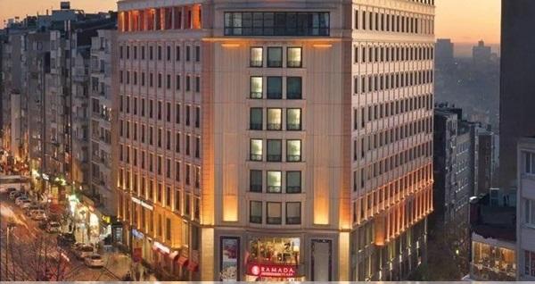 Ramada Plaza By Wyndham Istanbul City Center'da çift kişilik 1 gece konaklama seçenekleri 269 TL'den başlayan fiyatlarla! Fırsatın geçerlilik tarihi için DETAYLAR bölümünü inceleyiniz.