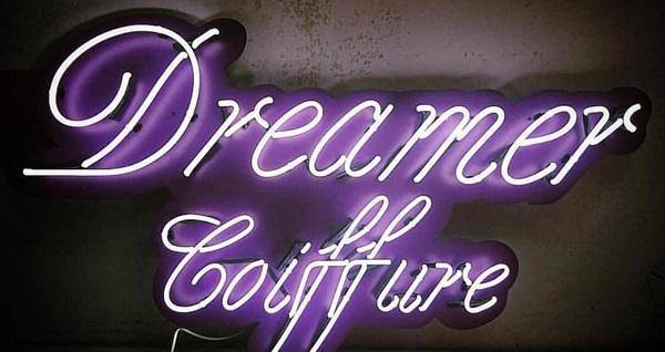 Dreamer Coiffure'de profesyonel ekibi eşliğinde manikür, pedikür ve kalıcı oje uygulamaları 49 TL'den başlayan fiyatlarla! Fırsatın geçerlilik tarihi için DETAYLAR bölümünü inceleyiniz.