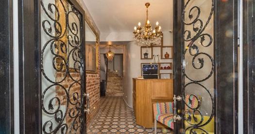 Taksim Cirrus Suites Tomtom'da çift kişilik 1 gece konaklama keyfi 159 TL'den başlayan fiyatlarla! Fırsatın geçerlilik tarihi için DETAYLAR bölümünü inceleyiniz.
