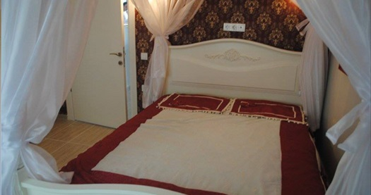 Ağva Heaven Hill Hotel'in farklı oda tiplerinde çift kişilik 1 gece konaklama seçenekleri 199 TL'den başlayan fiyatlarla! Fırsatın geçerlilik tarihi için DETAYLAR bölümünü inceleyiniz.