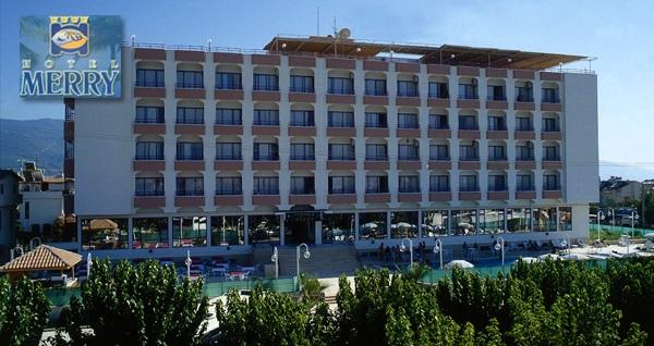 Kuşadası Merry Hotel'de YARIM PANSİYON çift kişilik 1 gece konaklama 279 TL'den başlayan fiyatlarla! Fırsatın geçerlilik tarihi için, DETAYLAR bölümünü inceleyiniz.