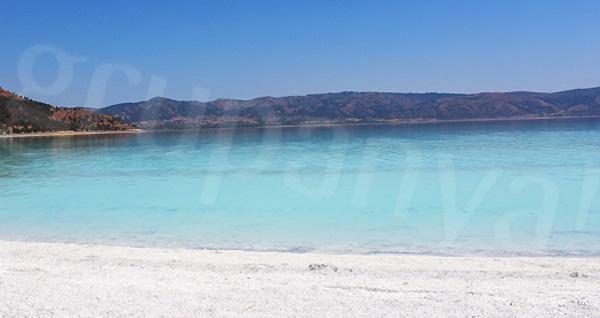 Termal otellerde 1 gece YARIM PANSİYON konaklamalı Alaçatı Çeşme Şirince Pamukkale Salda Gölü turu kişi başı 199 TL'den başlayan fiyatlarla! Tur kalkış tarihleri için, DETAYLAR bölümünü inceleyiniz.
