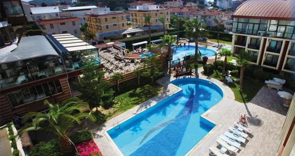 Pırıl Hotel Thermal & Beauty Spa Çeşme'de çift kişilik 1 gece YARIM PANSİYON konaklama ve spa 220 TL'den başlayan fiyatlarla! Fırsatın geçerlilik tarihi için, DETAYLAR bölümünü inceleyiniz.