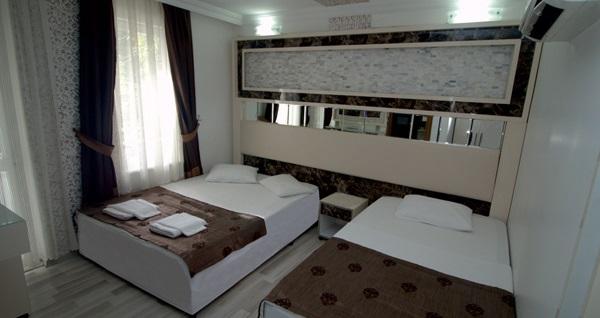 Behram Hotel Antalya'da kahvaltı dahil çift kişilik 1 gece konaklama 149 TL! Fırsatın geçerlilik tarihi için DETAYLAR bölümünü inceleyiniz.