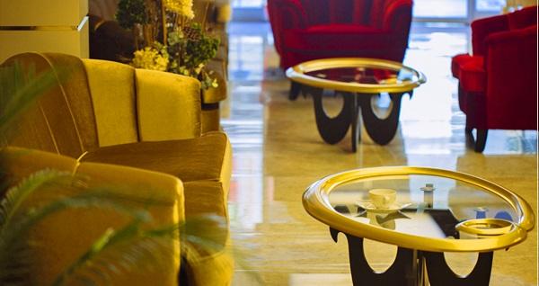Konak Pasaport Pier Hotel'de çift kişilik 1 gece konaklama 300 TL'den başlayan fiyatlarla! Fırsatın geçerlilik tarihi için DETAYLAR bölümünü inceleyiniz.