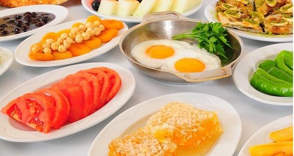 Dudullu Ziya Şark Sofrası'nda serpme veya açık büfe kahvaltı 39,90 TL'den başlayan fiyatlarla! Fırsatın geçerlilik tarihi için DETAYLAR bölümünü inceleyiniz.