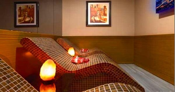 Ferman Hilal Hotel Taksim'de yer alan Ferman Spa'da masaj paketleri 49 TL'den başlayan fiyatlarla! Fırsatın geçerlilik tarihi için DETAYLAR bölümünü inceleyiniz.