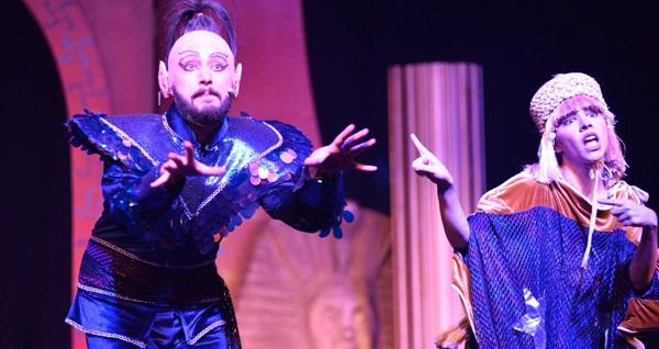 """'Alaaddin'in Müzikali' adlı çocuk oyununa biletler 56 TL yerine 35 TL! Tarih ve konum seçimi yapmak için """"Hemen Al"""" butonuna tıklayınız."""